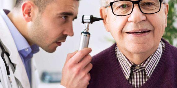 聽力測試耳窺鏡檢查耳道